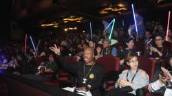 Revista pide que 'no vean los créditos de Star Wars' y una señora le contesta