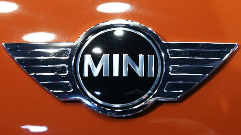 Bmw Seeks Partners For Electric Mini Could Make It An All Ev Brand