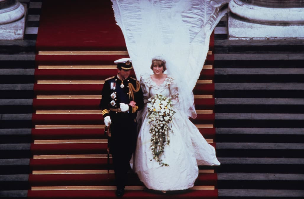 Princess Diana had a second wedding dress she didn\'t even know about ...