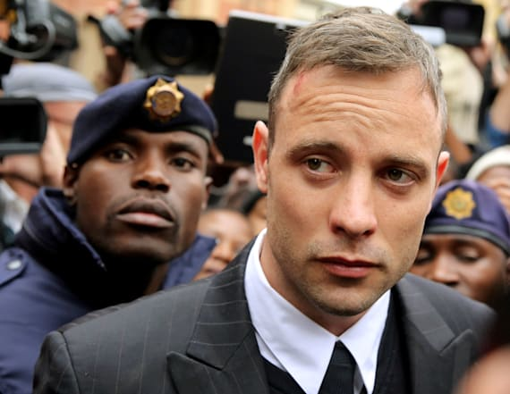 Oscar Pistorius involved in prison fight over phone
