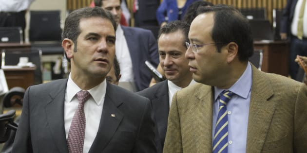 Riquelme y Anaya rebasaron tope de gastos: INE