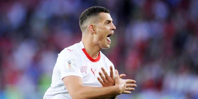 Le Suisse Granit Xhaka célébrant son but contre la Serbie à Kaliningrad, le 22 juin 2018.