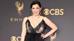 Pourquoi Rachel Bloom a été obligée d'acheter sa robe aux Emmy
