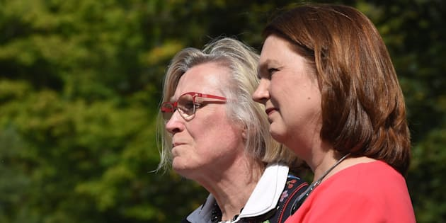Carolyn Bennett (left), minister of Crown-Indigenous relations and northern affairs and Indigenous Services Minister Jane Philpott take questions from media after a Liberal cabinet shuffle at Rideau Hall in Ottawa on Aug. 28, 2017.