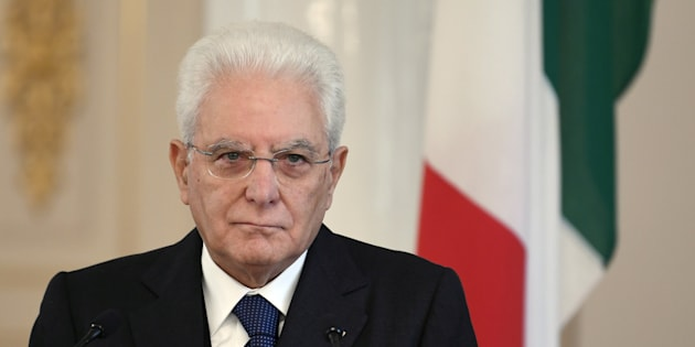 Governo: M5S-Lega-Fdi dicono no a Mattarella, 'neutrale'? Meglio voto a luglio (2)