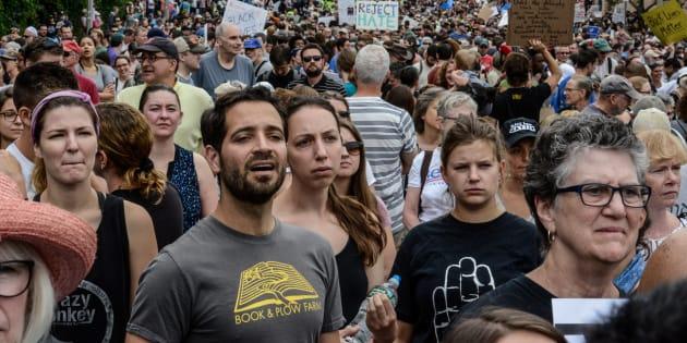 Una multitud es parte de una protesta contra Donald Trump en Boston, Massachusetts. REUTERS/Stephanie Keith