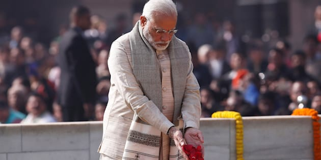India's Prime Minister Narendra Modi pays his respects at the Mahatma Gandhi memorial on Gandhi?s death anniversary at Rajghat in New Delhi, India January 30, 2018.