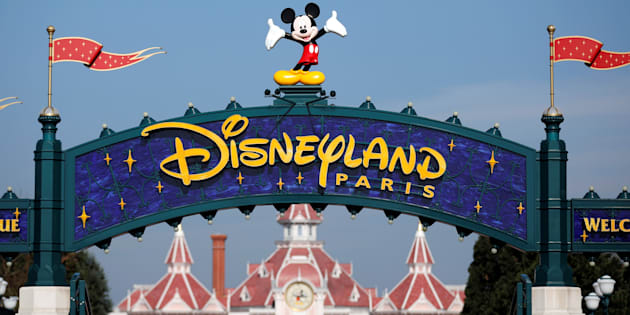 Disneyland Paris refuse qu'un petit garçon passe