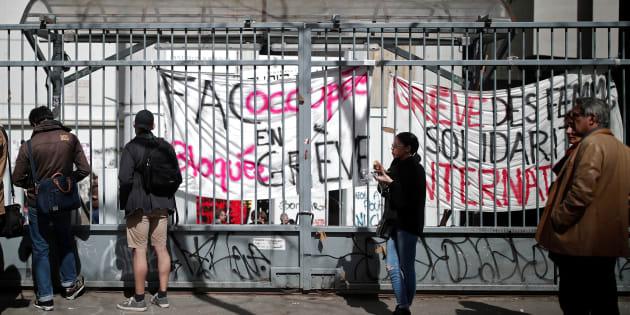 Le blocage des universités, symbole de l'impuissance de Macron à la têt de l'État.