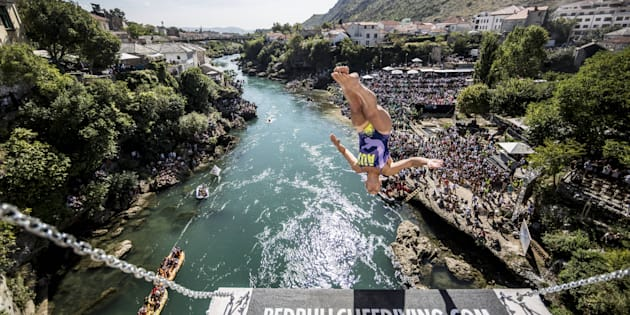 Australia's Rhiannan Iffland is leading the competition after the seventh round of the women's cliff diving world series.