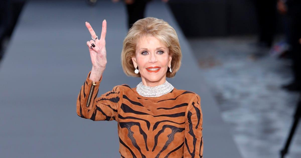 Jane Fonda, reine du défilé L'Oréal sur les Champs-Élysées