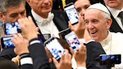 Pope Francis Has Harsh Words For People Who Text During