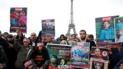 En solidarité avec les Rohingyas, des centaines de personnes se sont rassemblées à