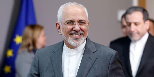 El ministro de Relaciones Exteriores de Irán, Mohammad Javad Zarif, luego de reunirse con la alta representante de la Unión Europea para asuntos exteriores, Federica Mogherini, el pasado mes de mayo.