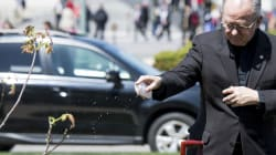 Licenziato il cappellano del Congresso Usa, bufera a Capitol