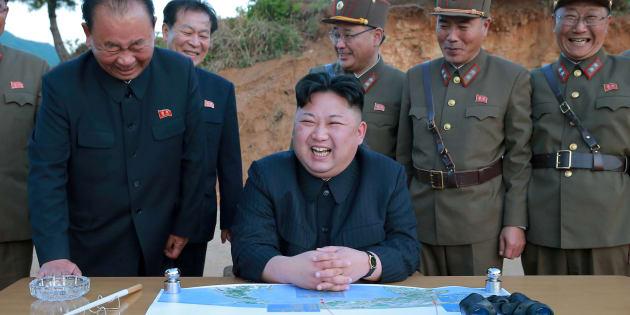 Kim Jong-Un sur une photo non datée, diffusée par l'agence de presse officielle KCNA le 15 mai.