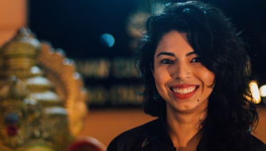 Dia 255: A cineasta indiana Juily