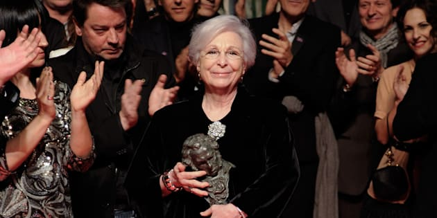 Josefina Molina al recibir su Goya.
