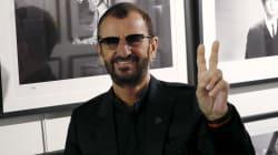 Ringo Starr et Hugh Laurie distingués par Elizabeth