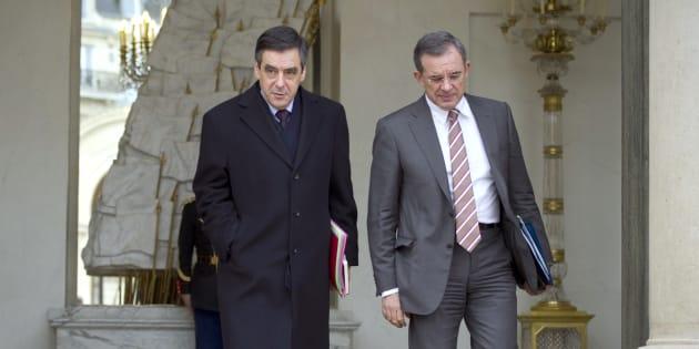 Plusieurs cadres fillonistes (ici, l'ancien ministre Thierry Mariani)  redoutent la participation d'un électorat réputé peu favorable à leur champion.
