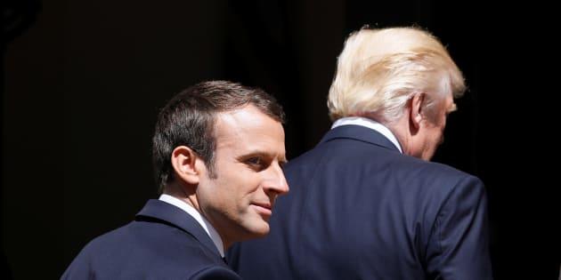 Les premiers mots échangés par Macron et Trump