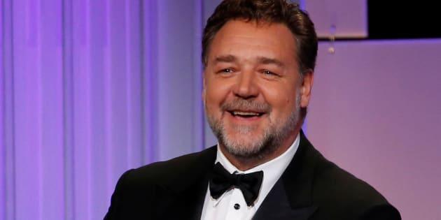 Slip, cuirasse, épée en bois... Ces enchères de Russell Crowe pour financer son divorce lui ont rapporté gros