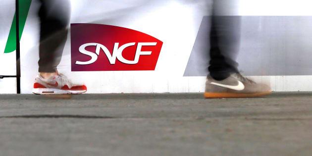Les grèves SNCF et Air France, un manque à gagner de deux milliards pour l'économie française