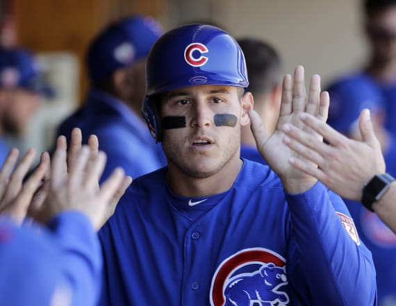 Anthony Rizzo surprises Little Leaguers in Chicago
