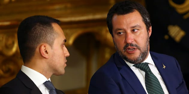 Interior Minister Matteo Salvini talks with Italy's Minister of Labor and Industry Luigi Di Maio at the Quirinal palace in Rome, Italy, June 1, 2018.  REUTERS/Tony Gentile