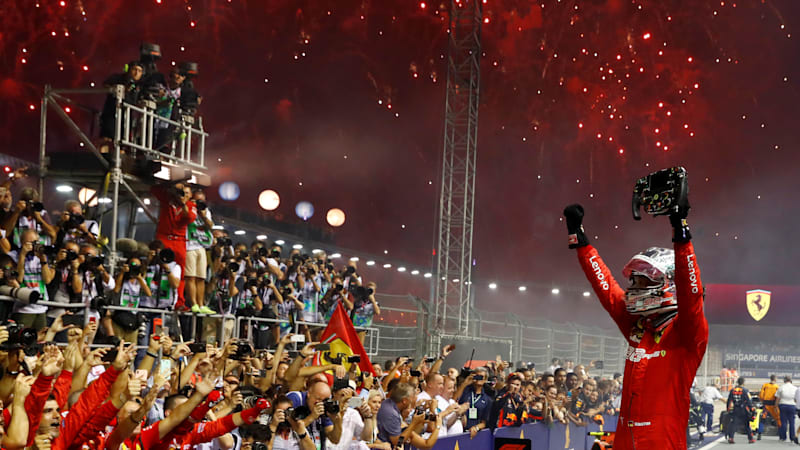 Sebastian Vettel wins the Singapore Grand Prix in Ferrari 1-2