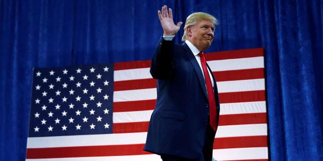 Republican presidential nominee Donald Trump arrives for a campaign rally in Greeley, Colorado, U.S. October 30, 2016.   REUTERS/Carlo Allegri