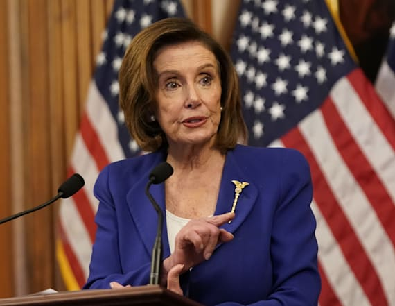 Pelosi forms bipartisan panel to oversee $2T relief