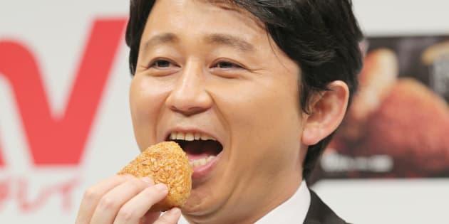 お笑いタレントの有吉弘行さん=2014年4月