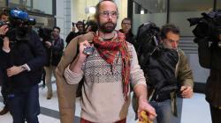 L'agriculteur Cédric Herrou condamné en appel à 4 mois avec sursis pour avoir aidé des