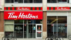 La première ministre de l'Ontario accuse Tim Hortons d'intimider ses