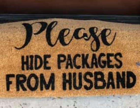 Postal worker makes joke out of secret package mat