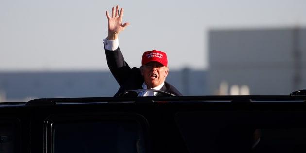 """3 raisons pour lesquelles la """"guerre"""" que Donald Trump déclare aux constructeurs automobiles américains est absurde"""