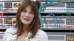 Carla Bruni-Sarkozy se moque de l'invitation que lui a envoyée François