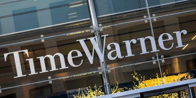 TimeWarner est propriétaire des chaînes de télévision CNN et HBO et des studios de cinémaWarnerBros.
