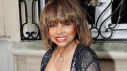 Tina Turner revela que su exmarido Ike la llevó a un burdel la noche de