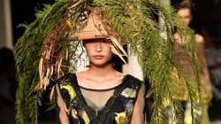Ce chapeau en fougère aperçu à la Fashion Week est pour le moins