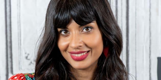 """Excédée par l'obsession sur le poids, Jameela Jamil avait déjà lancé en 2018 le mouvement """"I Weigh""""."""