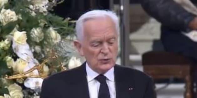 Philippe Labro lors de son hommage à Johnny Hallyday à Paris le 9 décembre 2017.