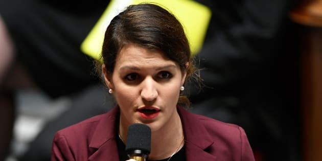 Ringard, sexiste, dépassé Miss France? La position des féministes n'est si évidente sur le concours de beauté.