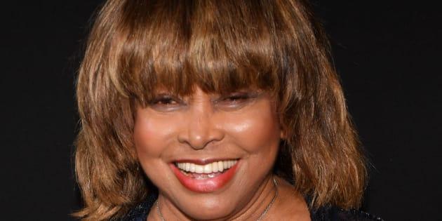 """Tina Turner parla del suicidio del figlio: """"Diceva di s"""