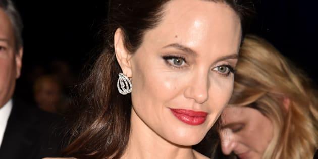 Gene Angelina Jolie: non aumenta la mortalità del tumore