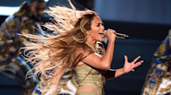 Jennifer Lopez Shuts Down The 2018 MTV VMAs With Vanguard Award