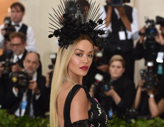 Rita Ora came to slay in Prada gown