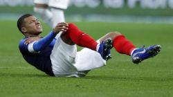 Mbappé et Neymar sortent sur blessure en sélection à 8 jours de