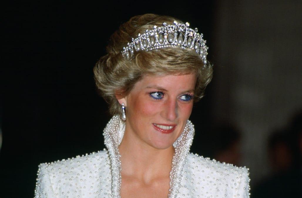 The Real Reason Princess Diana Got Her Iconic Short Haircut Aol